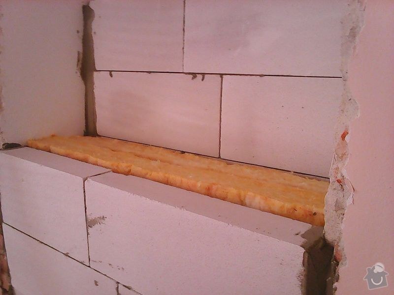 Pokládka obkladů (cca 26m2) a dlažby (7m2) v koupelně, WC a v předsíni: Photo0090