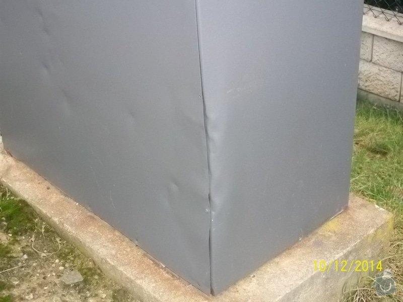 Oplechování spodní části venkovního rozvaděče: rozvadec_parkoviste_003