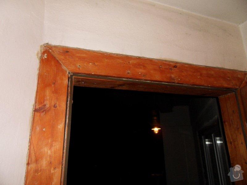 Vchodové dveře: SDC18041