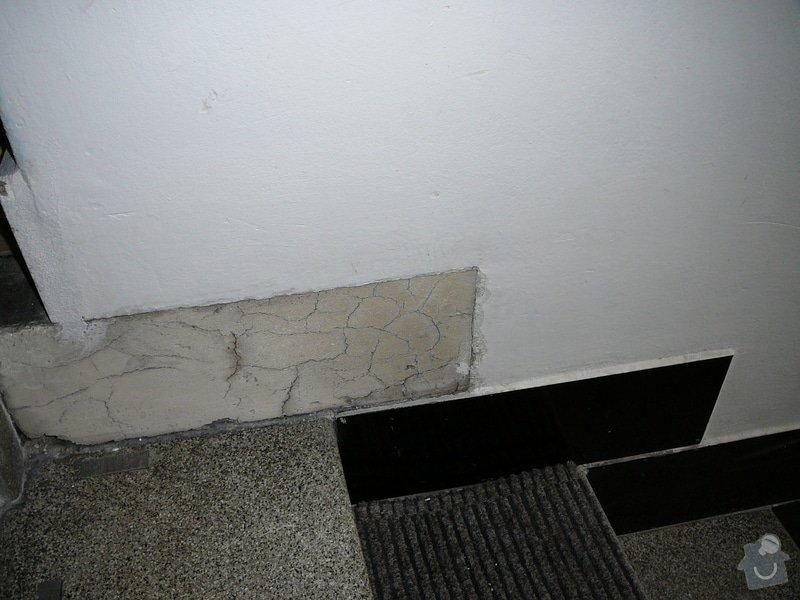 Oprava dlažby kolem schodů na chodbě v bytovém domě: P1080979