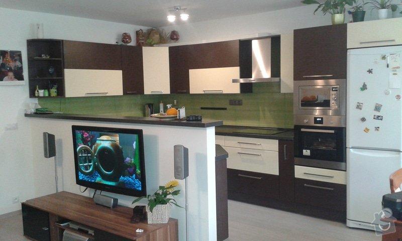 Příprava na kuchyň nové omítky: 20141204_104704