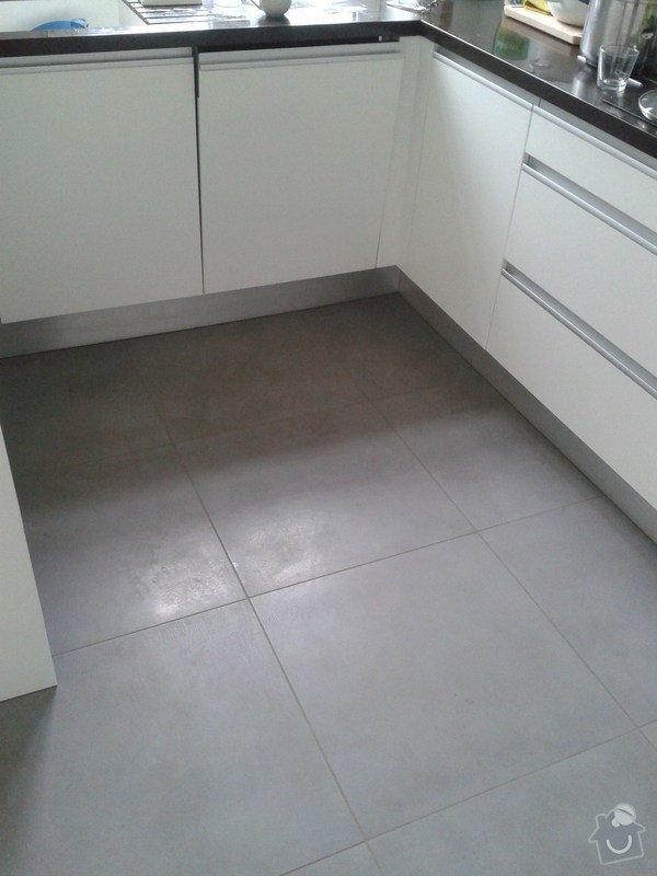 Obklad koupelny, pokládka dřevěné podlahy a dlažby: 2014-12-26_11.31.38