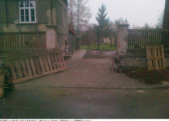 Provedení chodníku a vjezdu