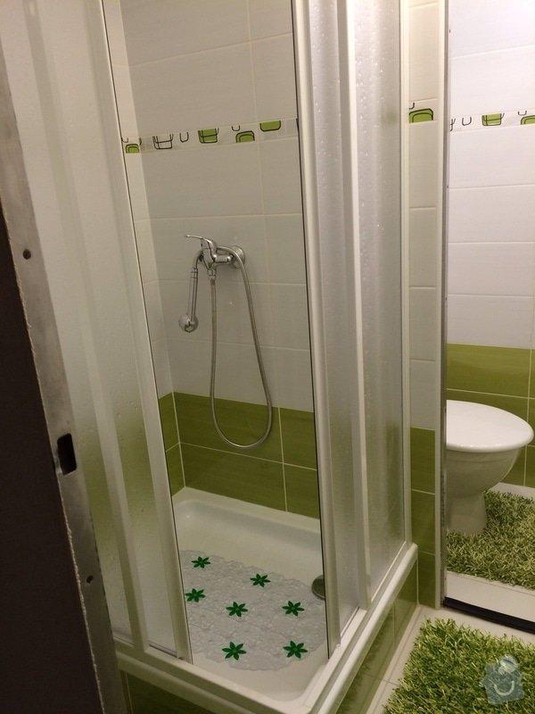 Renovace malé koupelny a WC v paneláku: koup