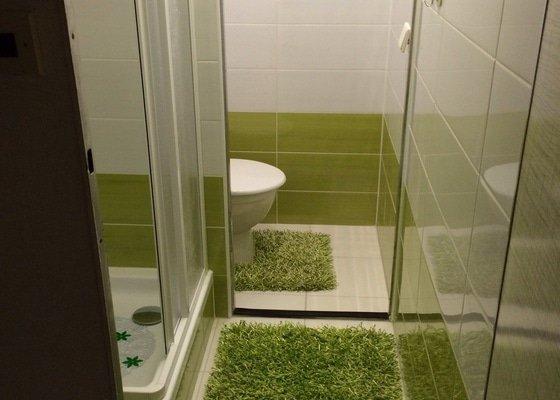Renovace malé koupelny a WC v paneláku