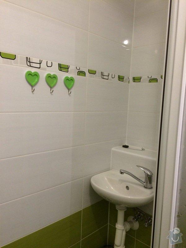 Renovace malé koupelny a WC v paneláku: koup2