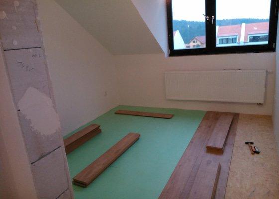 Podkroví, podlahy