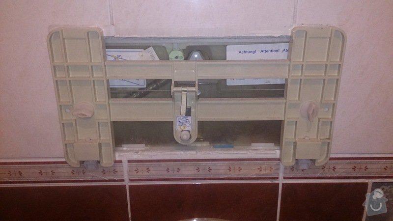 Oprava WC - nesplachuje: DSC_1437