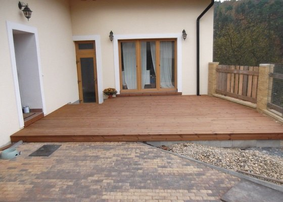 Realizace dřevěné venkovní terasy