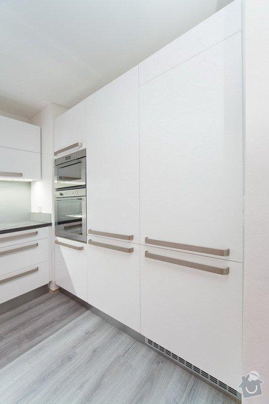 Výroba a montáž  Kuchyňské linky: 05