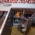 Kuchynska linka a ulozna skrin s vyklapeci posteli a sedackou 4 31