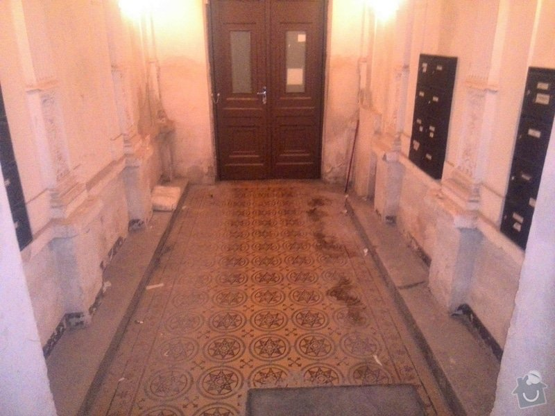 Vymalovani bytoveho domu: stuky