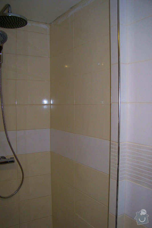 Osazení sprchových dveří: 100_9407