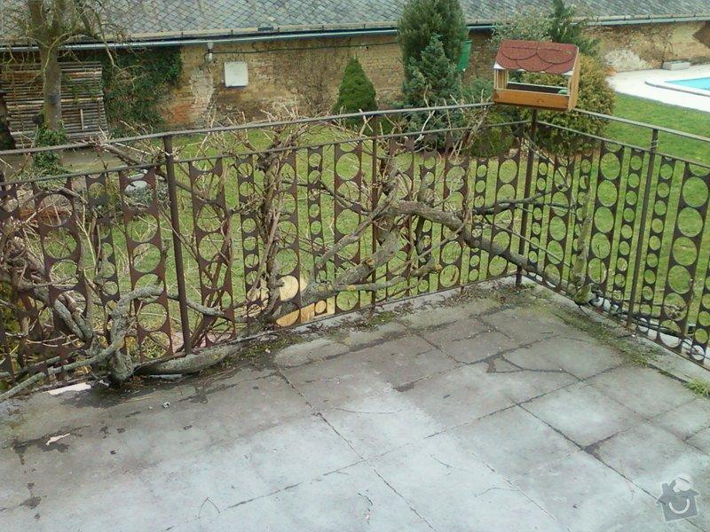 Venkovní balkonové zábradlí.: Fotografie-0100