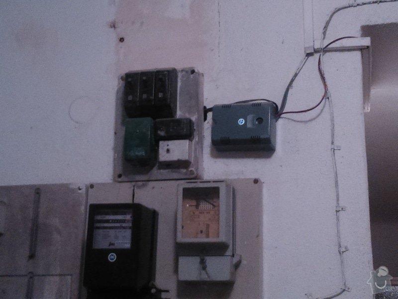 Zřízení el.zásuvky ve společných prostorách domu: DSC_0198