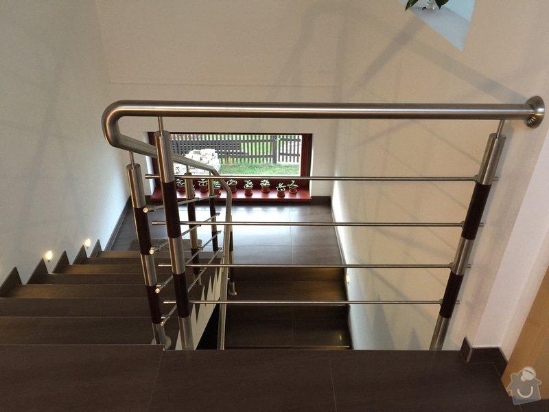 Balkónové zábradlí z nerezi a schodišťové zábradlí: IMG_0154_2