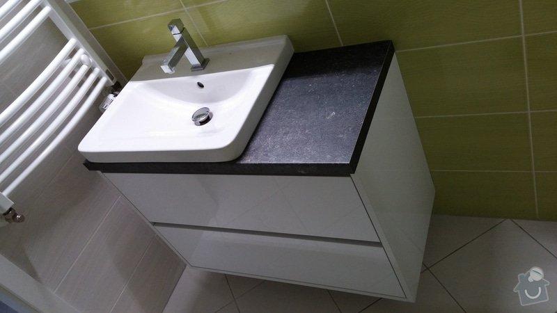 Nábytek do koupelny + moderní konferenční stolek: 20150116_115944