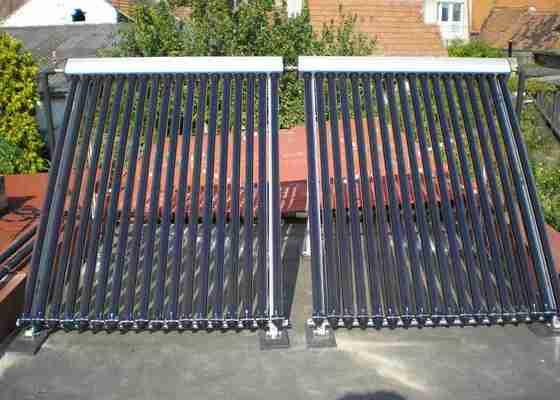 Solární ohřev vody trubicové kolektory