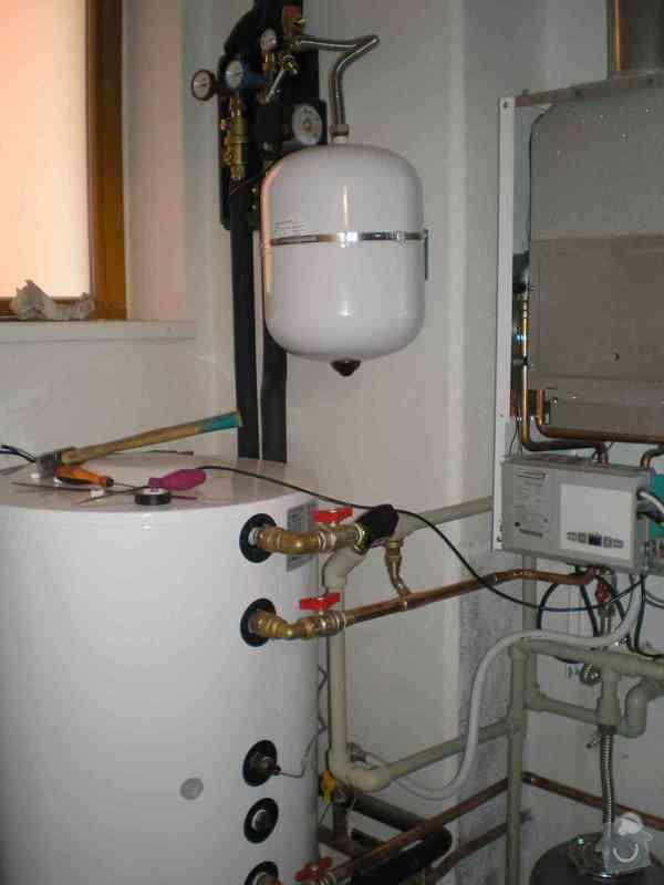 Solární ohřev vody trubicové kolektory: kotelna
