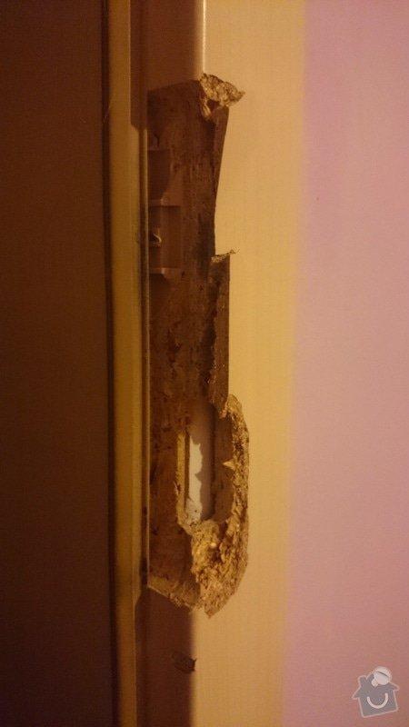 Oprava zárubně po vyražení dveří: DSC_0165_1_