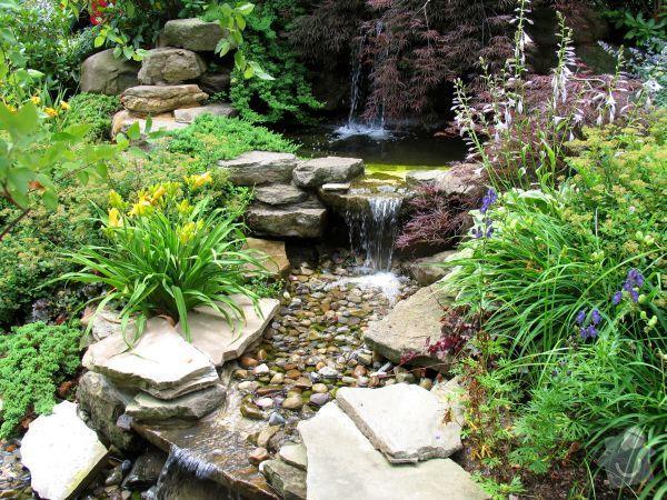 Realizace zahrady se svažitými okraji: Inspirace_kaskadovity_potucek_prip
