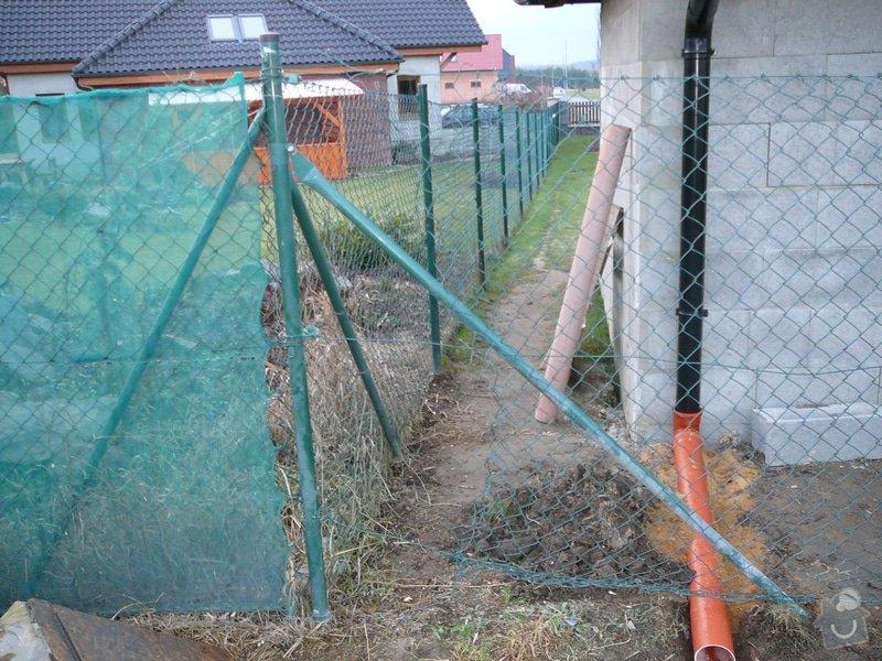 Oprava drátěného plotu: P1070796