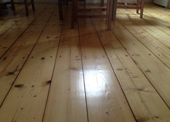 Broušeni/renovace staré podlahy