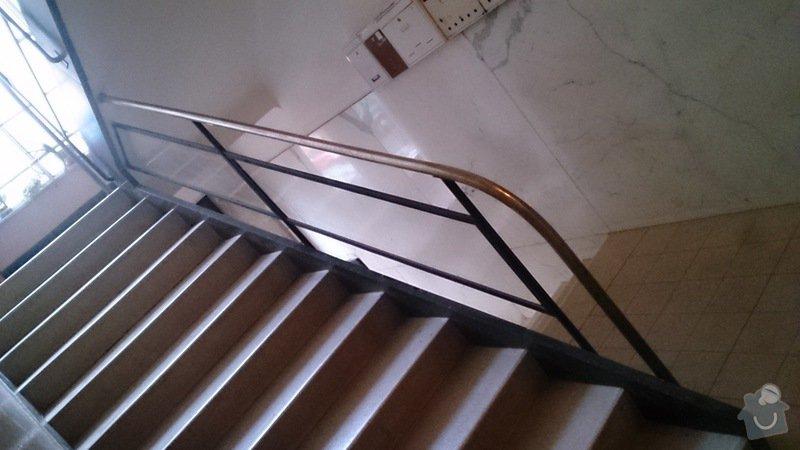 Výrobu nového kovového madla k zábradlí v činžovním domě: DSC_0659