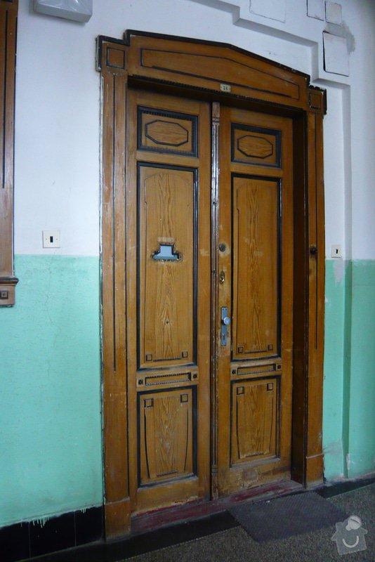 Repliku/repasi historických vchodových dveří: dvere_k_vymene_oprave