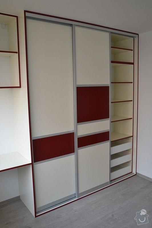 Podlaha, dveře, kuchyňská linka, vestvěná skříň: Darbujan_11