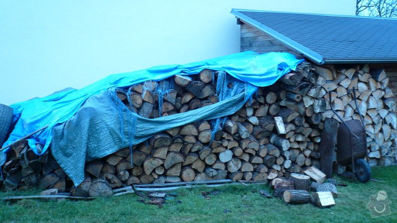 Přístřešek na dřevo: P1030110