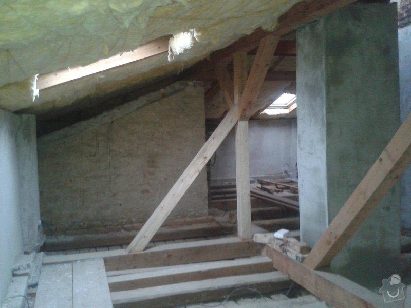 Sádrokartonářské práce - šikmá střecha: 20141109_151547