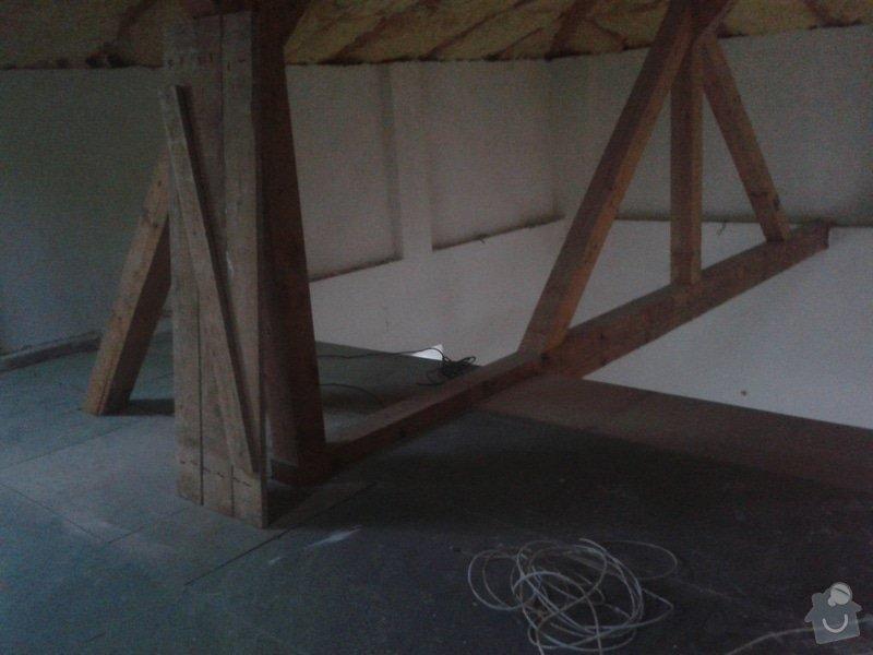 Sádrokartonářské práce - šikmá střecha: 20150101_151301