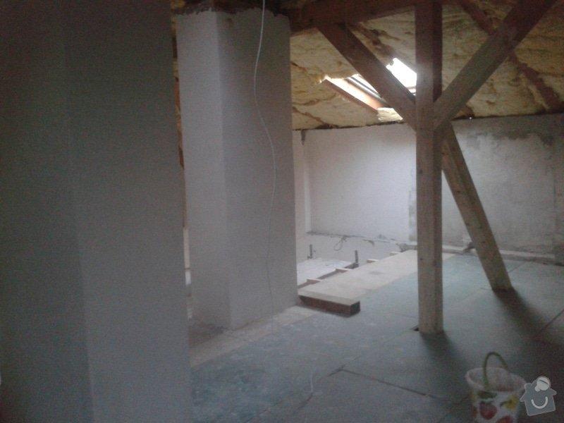 Sádrokartonářské práce - šikmá střecha: 20150101_151310