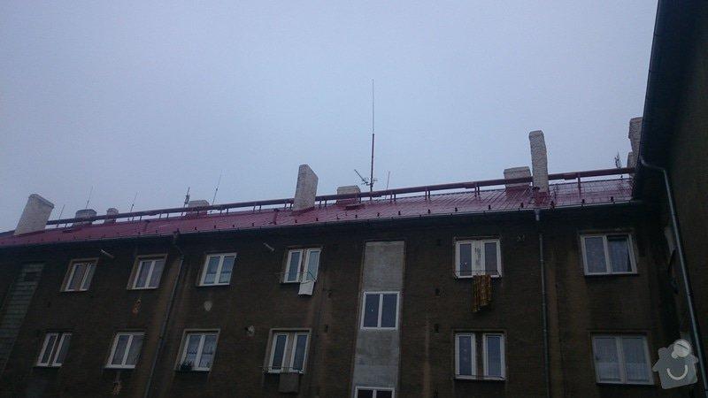 Rekonstrukce střechy,postavení lehkého plotu,postavení zdí z KB bloku,dlažba: DSC_0065
