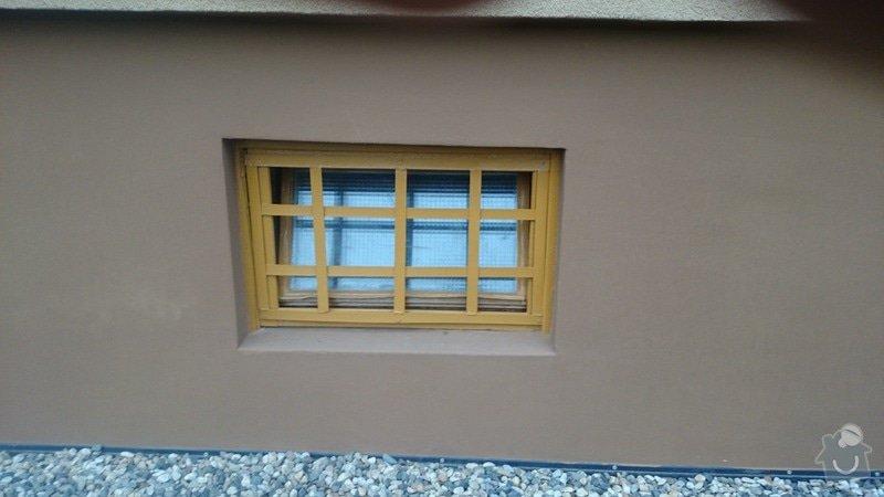 Rekonstrukce střechy,oprava fasády,výměna vchodových dveří,drenáž okolo domu: DSC_0100