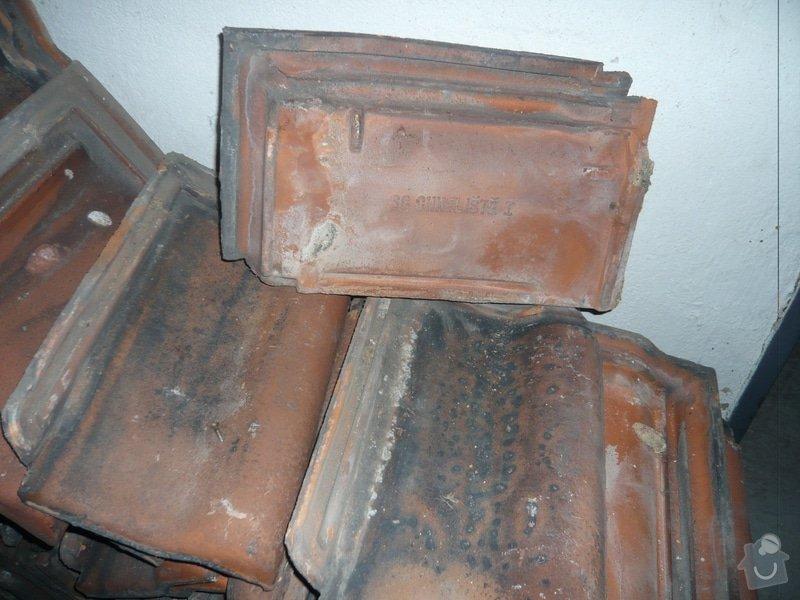 Výměna střešní krytiny bytového domu: _P1090459_STARE_TASKY