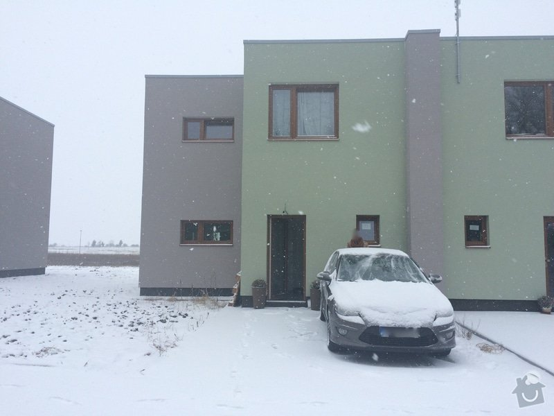 Plot k RD, betonové sloupky + tahokov + brána: IMG_0313