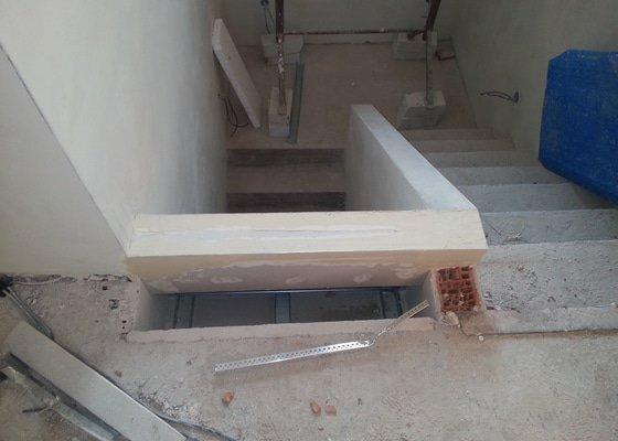 Obklad betonového schodiště