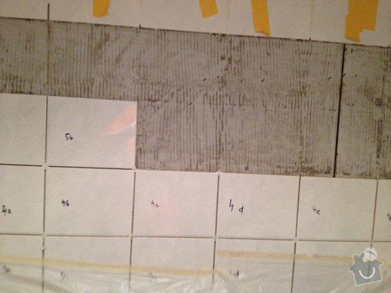 Oprava obkladu v koupelně (panelákové jádro po rekonstrukci): kachlicky_4903