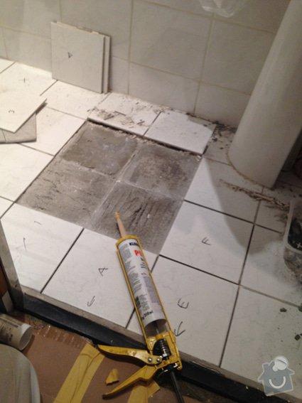 Oprava obkladu v koupelně (panelákové jádro po rekonstrukci): kachlicky_4906