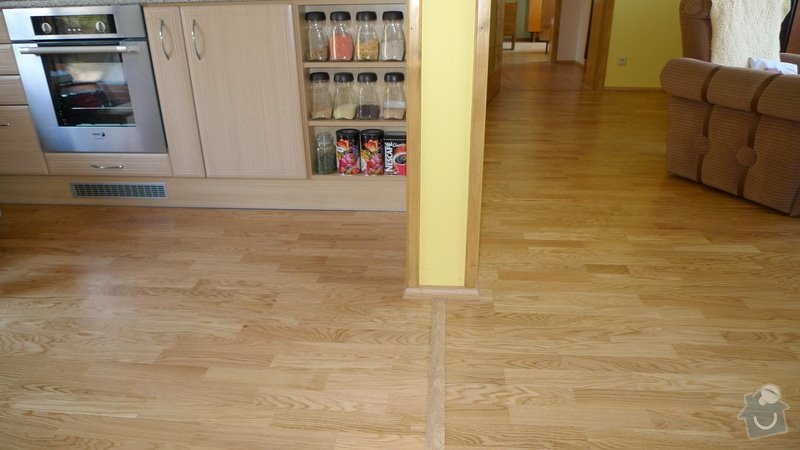 Pokládka dřevěné podlahy Barlinek Brno 120m2 / dub 3 lamela 5G zámek.: P1040617