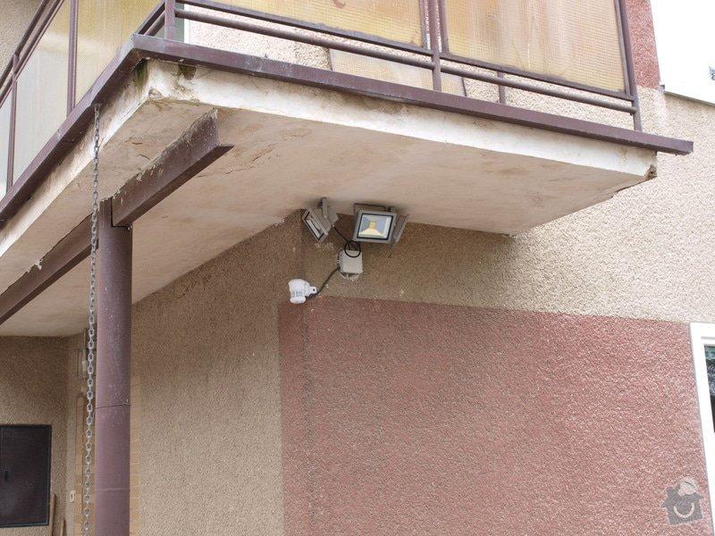Zateplenou fasásu na starší jednopatrový dům. Zelená úsporám: P4283987