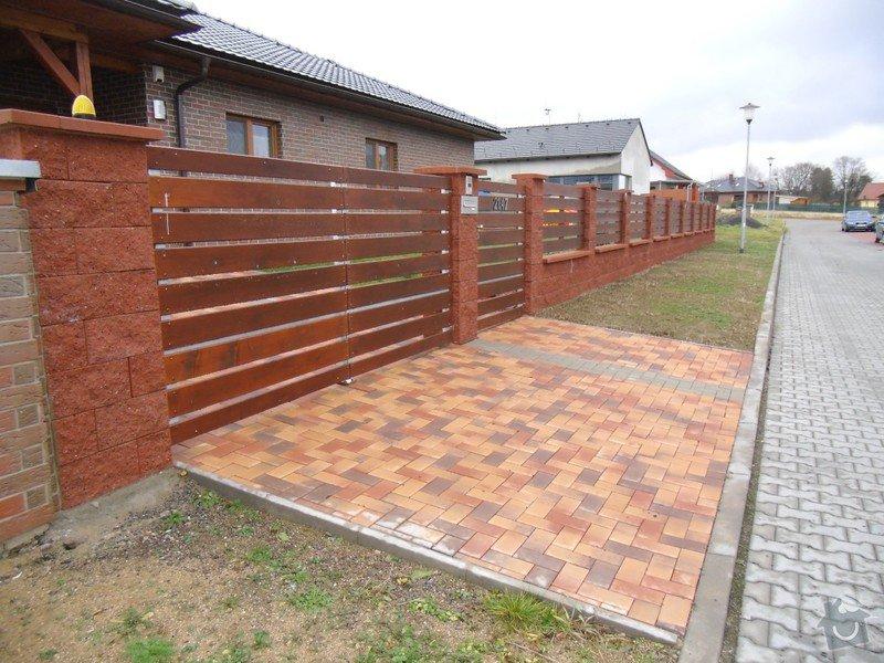 Stavba plotu o délce 115 metrů: cimg1374