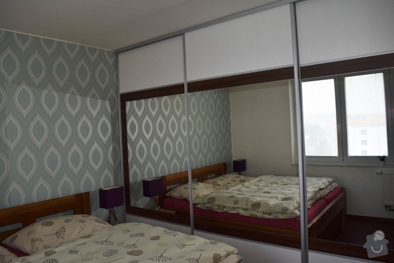 Vestavěná skříň 3,6x2,6x0,6 v panelovém domě Brno: DSC_3272