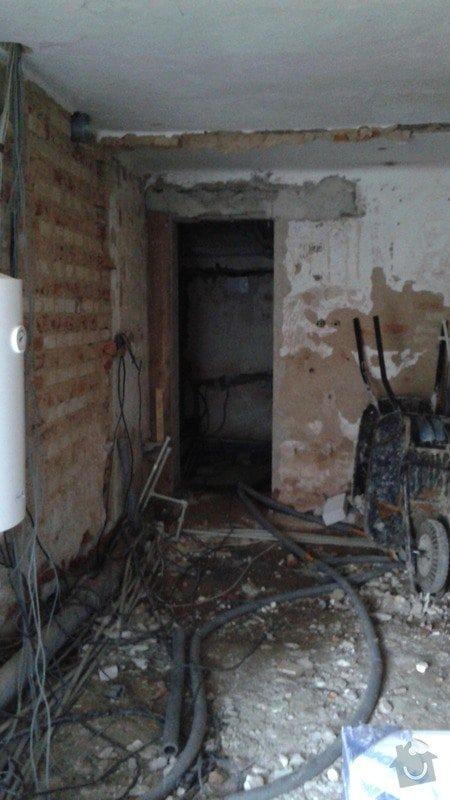 Kompletní rekonstrukce RD: buduci_vchod_do_sauny