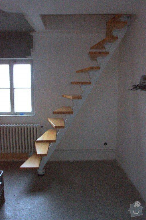 Interierové schodiště: FormatFactoryIMG_2704