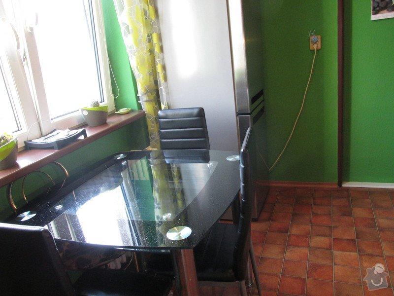 Čalounění vchodových dveří + 3 kuchyňské židle: IMG_5682