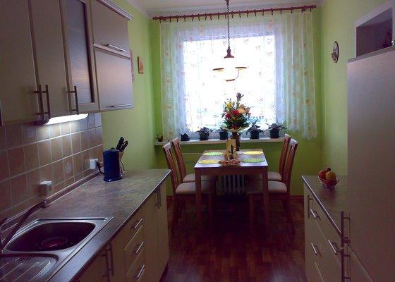 Rekonstrukce kuchyně,kuchyňská linka,lino,výmalba