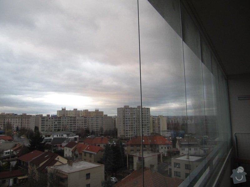 Vertikální žaluzie na zasklený balkon: leden_2015_058
